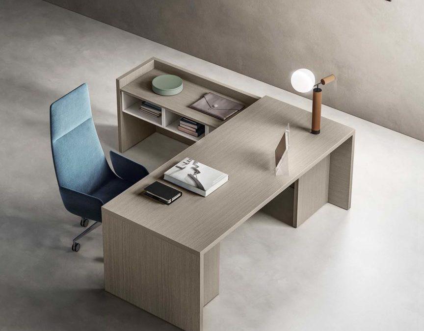 Wooden Side Desk w Storage